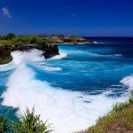 Nusa Lembongan high waves