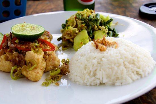 Nusa Lembongan tradisional menu